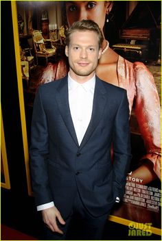 | JUSTJARED | Sam Reid on the red carpet at the NYC 'Belle' Premiere