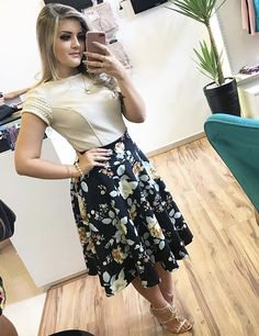 Long Skirt Outfits, Modest Outfits, Modest Fashion, Fashion Dresses, Cute Outfits, Cute Formal Dresses, Casual Dresses, Short Frocks, Conservative Fashion