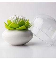 Boite coton tige Lotus http://www.deco-et-saveurs.com/rangement-salle-de-bain/3447-boite-coton-tiges-lotus-blanc-et-vert-qualy-8858782111436.html