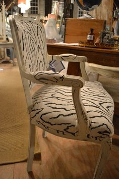 Sexy chair available Sept 19-21, 2014 at www.chartreuseandco.com/tagsale, #frenchchair, #paintedfurniture,