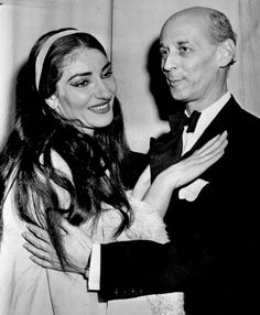 Maria Callas with Rudolf Bing after a performance of La Traviata at the Met (New York, 1958).