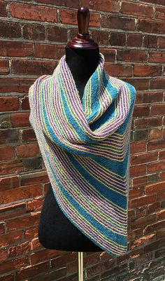 Ravelry: Orbit Topper pattern by Therese Chenowyeth