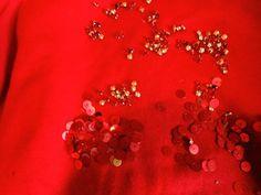 DIY Felpe,decorare e customizzare una felpa, fashion blogger felpe, idee felpe, amanda marzolini, the fashionamy blog, decorazioni su felpe, contatti per farsi customizzare una felpa da uno stilista, Amanda, Diamond Earrings, Sweaters, Blog, Sweater, Sweatshirts