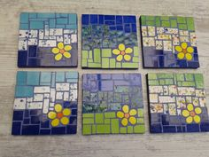 Juego Posavasos trivets or coasters Mosaic Tray, Mosaic Glass, Mosaic Tiles, Glass Art, Mosaic Art Projects, Mosaic Crafts, Mosaic Designs, Mosaic Patterns, Mosaic Stepping Stones