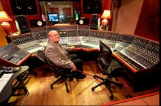 Rupert Neve - English electronics engineer and entrepreneur, who is particularly known as a designer of professional recording equipment. He is known for his work on microphone preamplifiers, equalizers, and early large format mixing consoles. Audio Studio, Music Studio Room, Home Studio, Studio Desk, Audio Music, Recorder Music, Audio Sound, Music Production Equipment, Recording Equipment