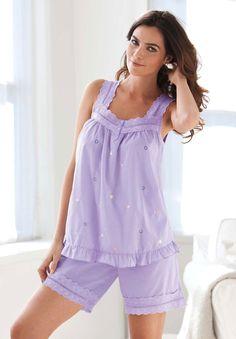 Plus Size Woven Short Pajamas by Dreams & Co. A rare combo. Plus Size Sleepwear, Sleepwear Women, Pajamas Women, Lingerie Sleepwear, Nightwear, Lazy Day Outfits, Casual Fall Outfits, Plus Size Outfits, Trendy Outfits