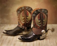 Custom-made Hyer-Olathe Boots adorned with Silver Flowers