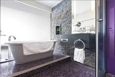 Relax and unwind in a Deluxe Terrace room bathroom