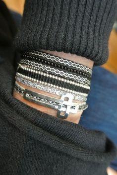 Monochromatically easy peasy - the new Black!  www.kutulakiss.com