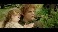 Sean Astin's daughter played Sam + Rosie's daughter in the Return of the King