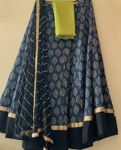 Half Saree Designs, Choli Designs, Fancy Blouse Designs, Garba Dress, Lehnga Dress, Long Skirt And Top, Rajasthani Dress, Girl Fashion Style, Kurta Neck Design