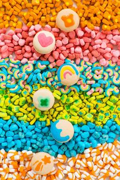 DIY Lucky Charms Macarons for St. Patrick's Day
