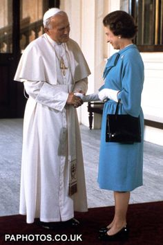 Pope John Paul II Visit to Britain - Buckingham Palace