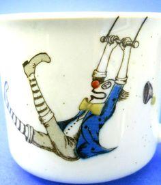 Otagiri Clown Coffee Mug Trapeze Swinging Red 3D by glassconfusion