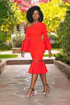 Shop the work wear at AfricanMall, always stay ahead of the fashion trends. Hundreds of fashion looks work suits, dresses, tops, coats sale every day with great surprises! Midi Dress Outfit, Dress Outfits, Fashion Outfits, Bodycon Dress, Black Women Fashion, Look Fashion, Classy Outfits, Stylish Outfits, Cute Dresses