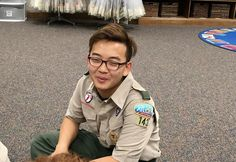 PsBattle: A wanna be K-Pop star who is also a Boy Scout