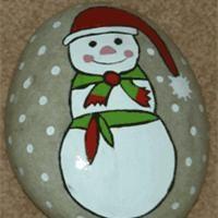 Galet de noël peints Déco Noël à fabriquer - Loisirs créatifs