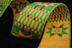 La colección está compuesta por producciones artesanales de los siglos XIX, XX y XXI.