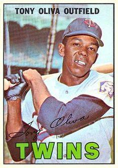 Baseball Card Values, Old Baseball Cards, Baseball Photos, Hockey Cards, Mlb, Minnesota Twins Baseball, Baseball Photography, Baseball Players, Kids Playing