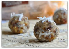 key lime larabar balls - The sky is the limit with this idea.  Make ANY flavor of pure fruit and nut ball.  I like using dried fruit, nuts and chocolate or butterscotch chips = basically like cookie dough...my heaven!