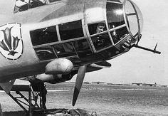 Aircraft - Le mitrailleur d'un bombardier allemand Dornier Do-17E à son poste de tir armé d'une MG-15 | Flickr - Photo Sharing!