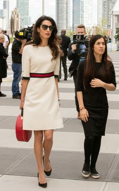 Amal Clooney speaks at the United Nations as former ISIS sex slave Nadia Murad who became a Goodwill Ambassador for the UN Office on Drugs and Crime. Amal Clooney speaks at the audience and offer… Amal Clooney, George Clooney, Trend Fashion, Star Fashion, Fashion Outfits, Womens Fashion, Mode Chic, Mode Style, Office Fashion