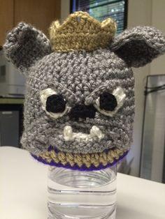 crochet JMU Duke Dog hat james madison by HeatherPeteCrochets James Madison University, Dog Attack, Newborn Pictures, Photo Props, Duke, Crochet Hats, Teddy Bear, Bows, Knitting