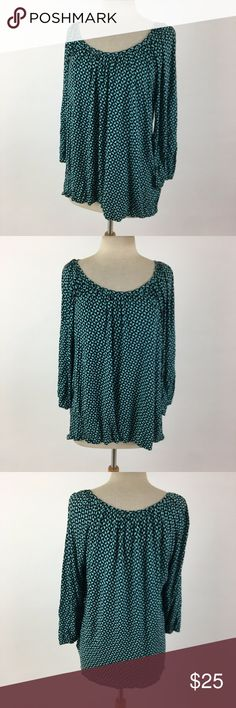 Michael Kors top It's aqua and black. Bust: 49 Length Shoulder to Hem: 25 100% rayon Item #2439 There's a little pulling of the seams on the left side. Not obvious when wearing at all. MICHAEL Michael Kors Tops