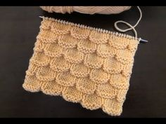 ШИКАРНЫЙ УЗОР СПИЦАМИ ДЛЯ СВИТЕРА, КАРДИГАНА И ПЛЕДА - YouTube Cable Knitting, Knitting Videos, Hand Knitting, Finger Knitting Projects, Yarn Projects, Lace Knitting Patterns, Knitting Stitches, Crochet Collar, Pullover