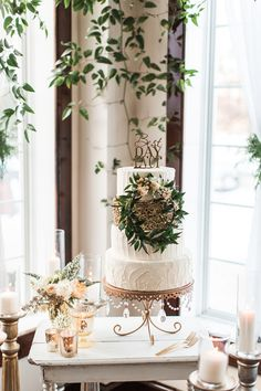 woodland garden wedding cake - photo by Samantha Jay Photography http://ruffledblog.com/enchanted-garden-wedding-ideas