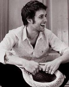 Paolo Nutini - heard him two years ago at Latitude, a great night.