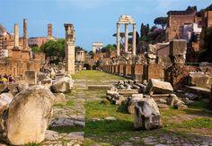 Templo de Cástor y Pólux  Del siglo V a. C., quedan en pie tres columnas con capiteles corintios que sujetan parte del arquitrabe.