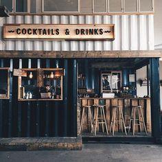 Rustic bar design Copenhagen Street Food, a hipster food court Rustic Coffee Shop, Coffee Shop Design, Coffee Shops, Coffee Cafe, Rustic Cafe, Hipster Coffee Shop, Street Coffee, Restaurant Bar, Restaurant Interior Design