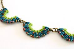 Collar macramè necklace with beads green geometric by KnottedWorld
