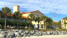 Thanksgiving Dinner Fit for Kings on St. Simons Island – All Around the Bend