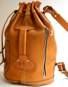 Vegetable tanning leather one shoulder bag made by japanese craftman
