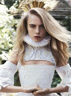 Edgily Regal Editorials - The Vogue Australia 'Queen Cara' Photoshoot Stars Model Royalty (GALLERY)