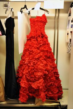 Oscar de la Renta Pre Spring 2013....OMG I need this dress!!!! I don't know for what BUT I need it!