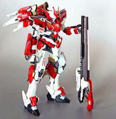 1/100 Red Frame Astray + Freedom Gundam + Other Kitbash - Custom Build     Modeled by wing120412