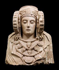 Dama de Elche • Cultura Ibérica, siglos V-IV a.C.