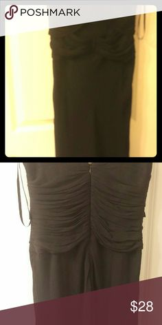 """Women's silk dress banana republic Silk party dress or special dinner occasion. Falls just below the knee. Flows at the bottom. Fully lined. 42"""" long. Sleeveless. Worn twice. Its in great condition. Fully lined. Wear this year round. Banana Republic Dresses Midi"""