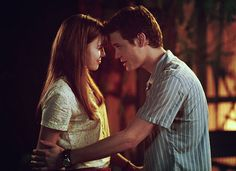Mandy Moore and Shane West in A Walk To Remember Funny Romantic Quotes, Romantic Films, Lara Jean, Love Movie, I Movie, A Walk To Remember Quotes, Nicholas Sparks Movies, Shane West, Favorite Movie Quotes