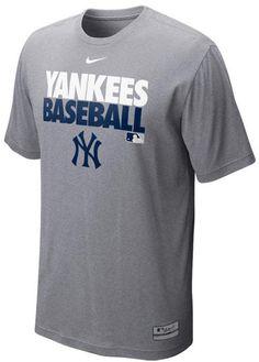 Nike Men's New York Yankees Dri-FIT Graphic T-Shirt