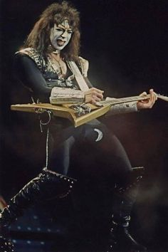 Vinnie Vincent, Eric Carr, Kiss Pictures, Hot Band, Rock Of Ages, Creatures Of The Night, Glam Rock, San Francisco 49ers, Metallica