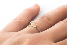 Baaj | Wire Hill Ring Gold on woonder.com #baaj #woonder #woondercom #wedealwithbeautifulthings #jewellery #schmuck #ring #styling #beauty #gold