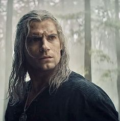 Henry Cavill, The Witcher Series, The Witcher Books, The Witchers, Witcher Wallpaper, The Witcher Geralt, Yennefer Of Vengerberg, Raining Men, Series Movies