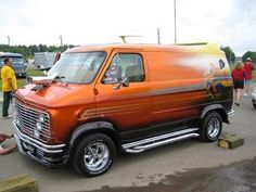 ◆Custom Chevy Van◆ WOW, it's even got a blower hanging out the front! Dodge Van, Chevy Van, Customised Vans, Custom Vans, Motorcycle Camping, Camping Gear, Classic Trucks, Vans Classic, Station Wagon