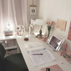 Discover recipes, home ideas, style inspiration and other ideas to try. Study Room Decor, Cute Room Decor, Study Rooms, Room Ideas Bedroom, Bedroom Decor, Study Desk, 70s Bedroom, Study Areas, Study Space