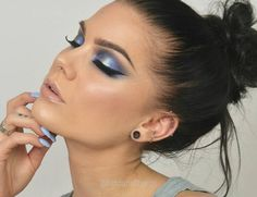 I love blue, do you? Product list on my blog as usual lindahallberg.com  #fotd #makeup