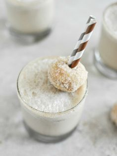 Coffee and Donuts Milkshake I howsweeteats.com